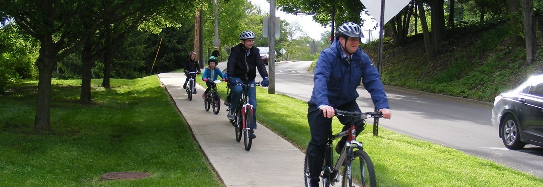 Families Ride Together on Bike to School Day
