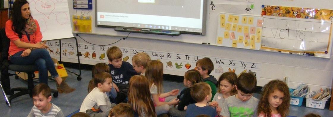 Kindergarten Celebrates Local Heroes